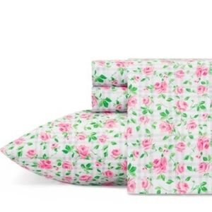 Betsey Johnson 4pc CK Plaid Roses Floral Sheet Set